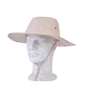 Καπέλο πάνινο με γείσο και κορδόνι